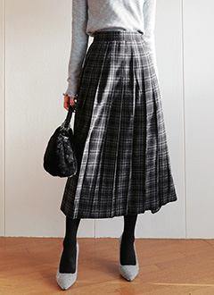 Pleated Check S...